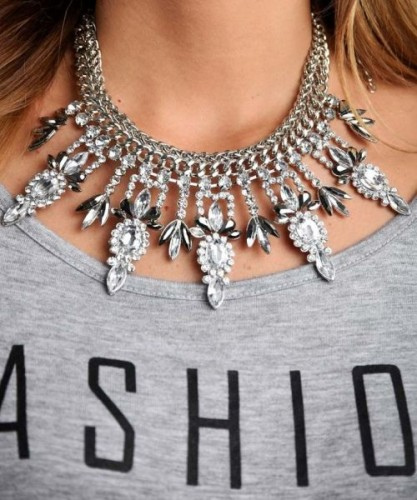chic statement necklace