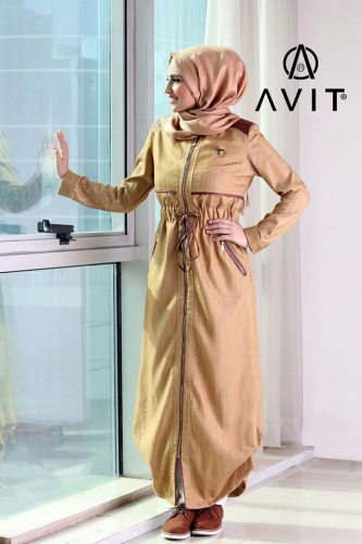 long beige tunic Avit hijab