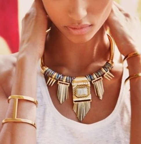 roman statement necklace