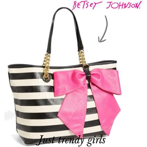 betsey johnson bag 22 s