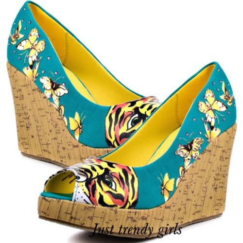 Ed Hardy graphics shoes,