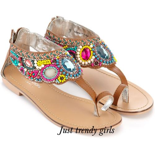 sandals with embrodery a