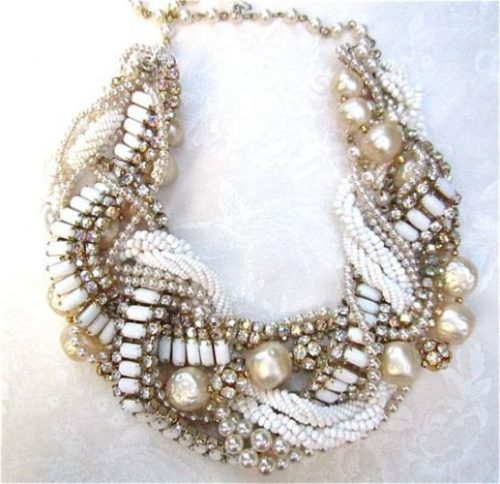 chunky pearls and chains statement necklace