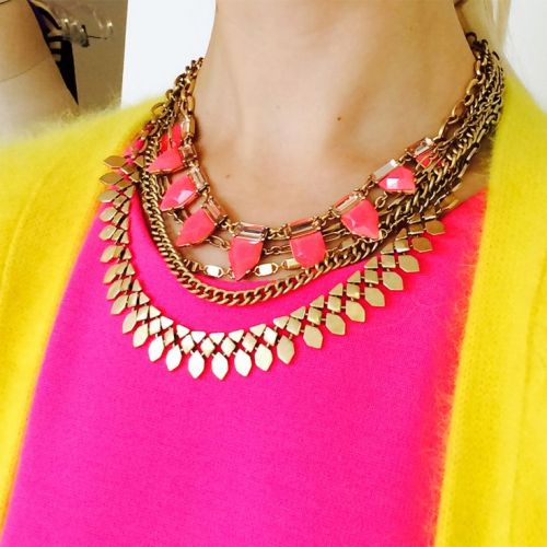 color blocking necklace