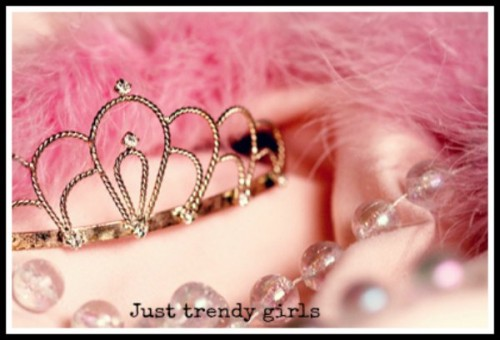 crown for princess. pink