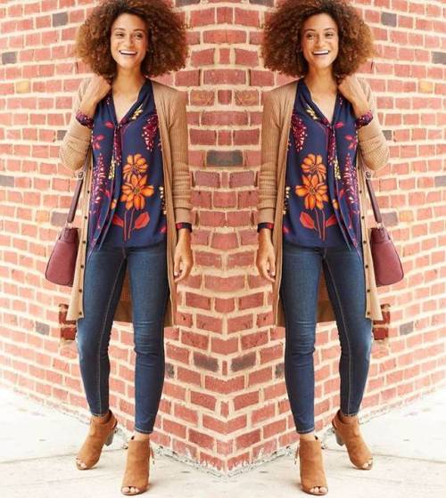 cute-outfit-with-curly-hair-style