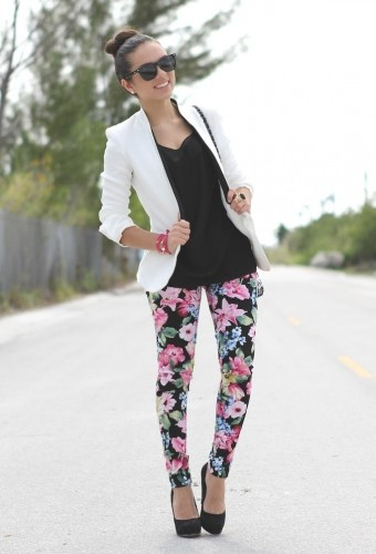 how to wear floral pants 12 s
