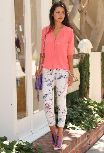 how to wear floral pants 4 s