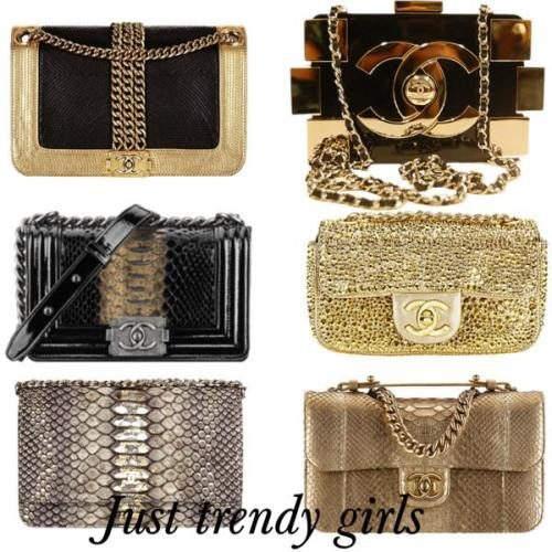 CHANEL Vintage clutches
