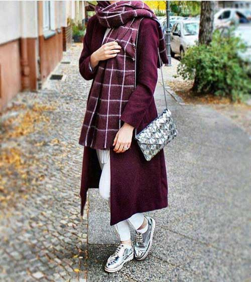 long-maroon-trench-coat-outfit