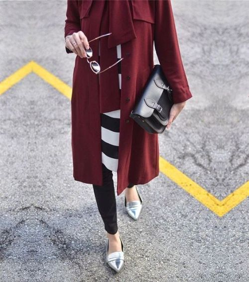 impactful outfit hijab maroon 12