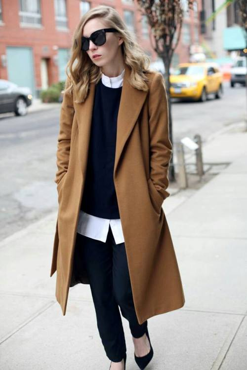 tan-coat-with-black-sweater-outfit
