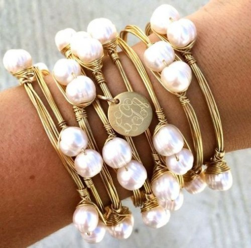 Pearls Gold wire wrapped bracelet