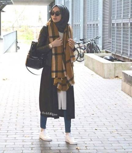 scarf sporty hijab look