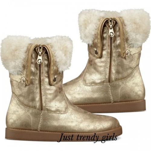 fur boots winter trend