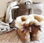 Cozy fur boots for women