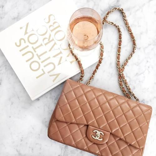 tan chanel bag,