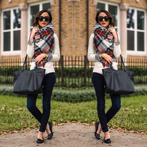 plaid-scarf-outfit