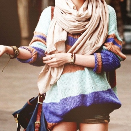 colorful winter sweater outfit
