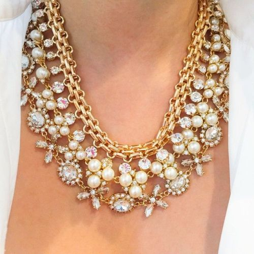 amazing statement necklace