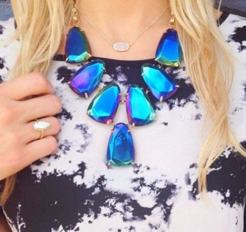 blue cluster statement necklace