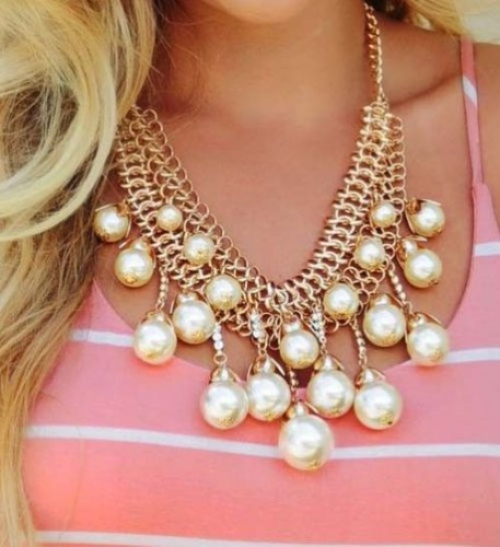 golden pearls statement necklace