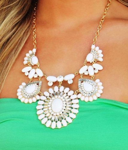 white bloom statement necklace