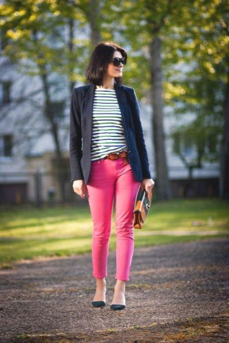 colored jeans street look