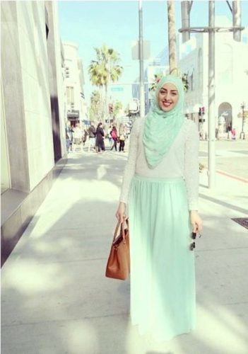 pastel hijab outfit