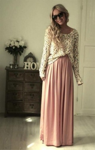 pink maxi skirt with chunky sweater