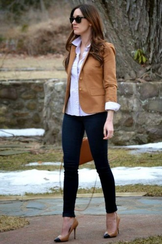 tan cropped blazer outfit