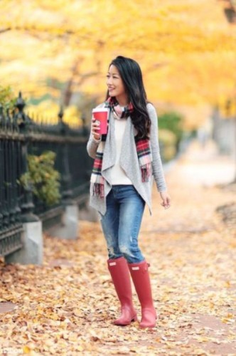 red plaid scarf outfit