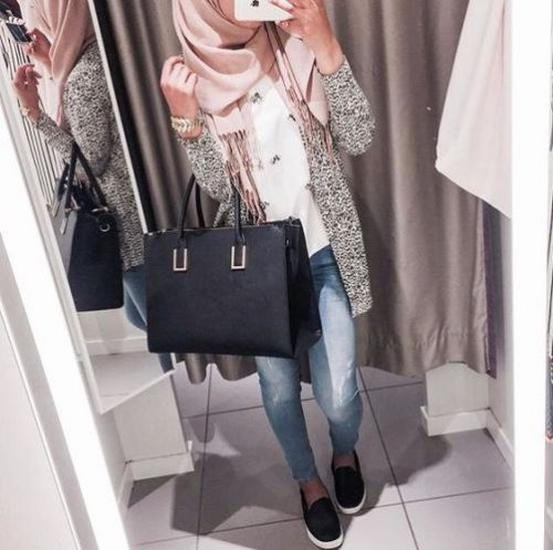 grey-coat-with-pink-scarf