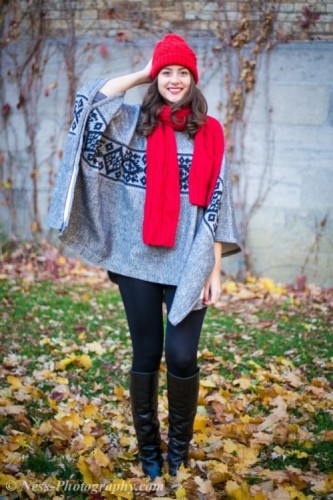 chic poncho outfit