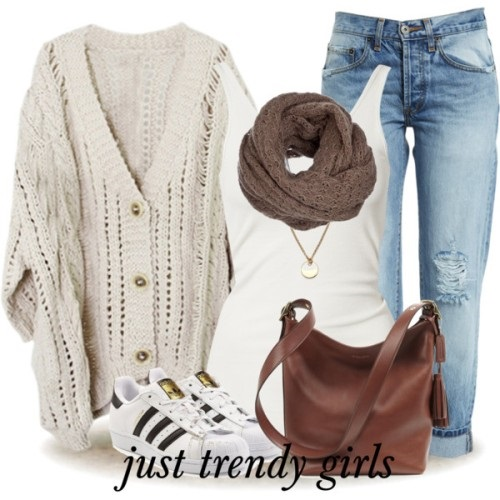 chunky-white-cardigan-sporty-style