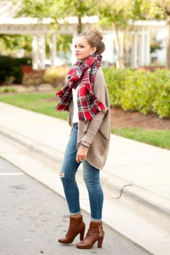knit beige cardigan scarf outfit