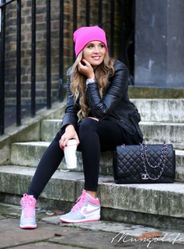 pink sneaker sporty casual