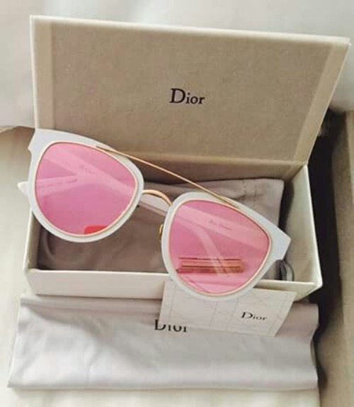 pink mirror sunnies