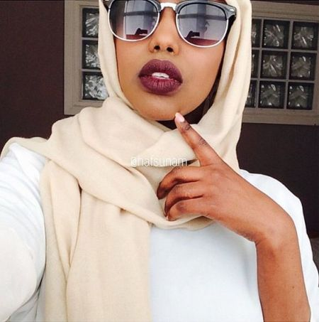Sizzling in Sunglasses Hijab Beauty Inspiration