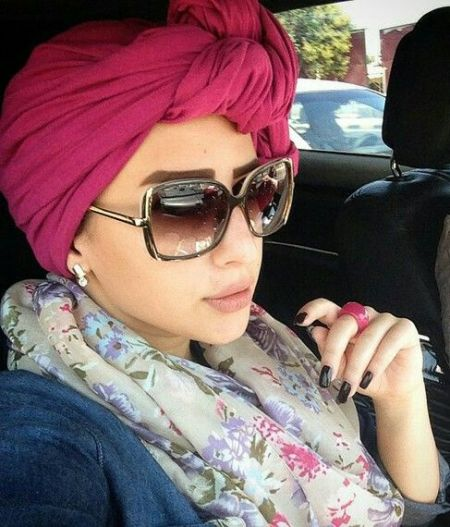 Sunglasses with différent types of hijab