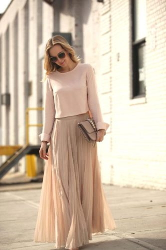 pastel maxi skirt outfit