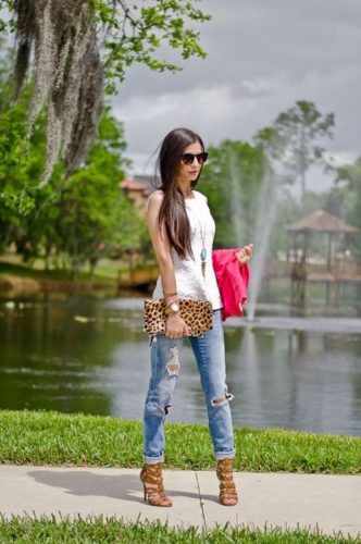 tan lace up heels with leopard clutch