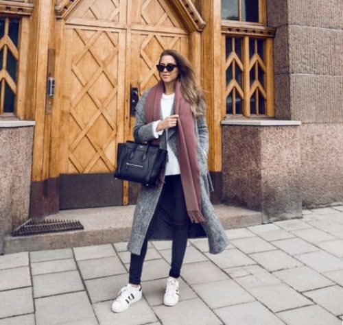 maxi gray coat with stan smith shoes