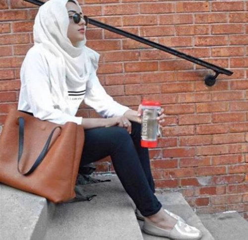 sporty hijab gym outfit