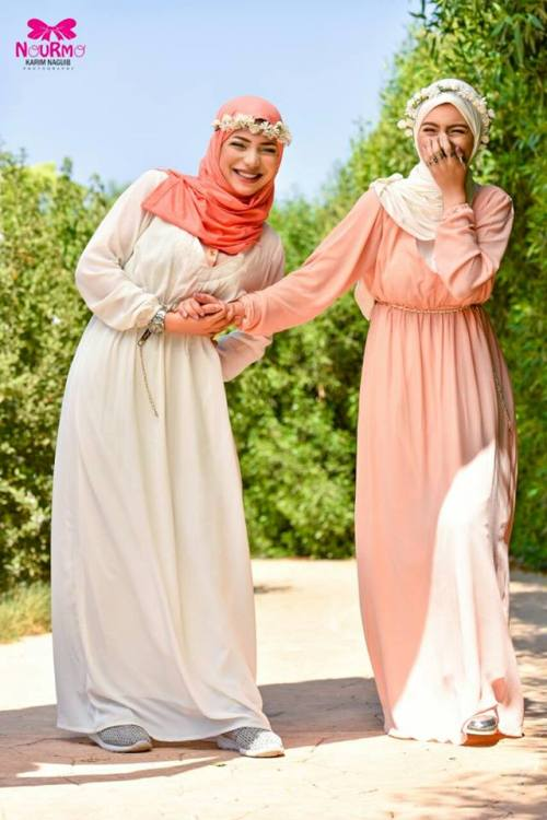 pastel long sleeves maxi dresses