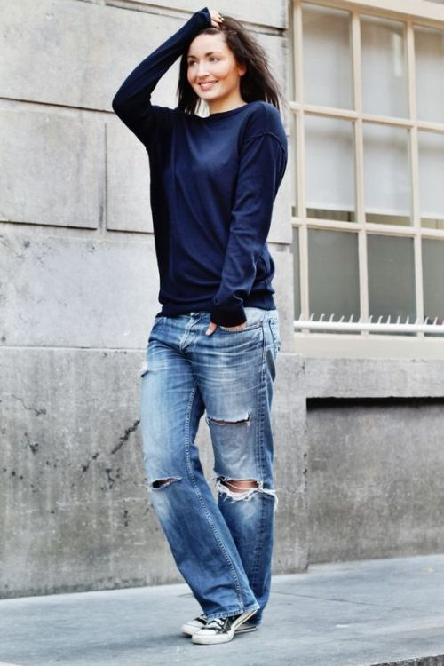 Boyfriend jeans with sweater