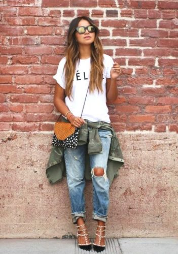 How to Wear Boyfriend Jeans with simple tshirt
