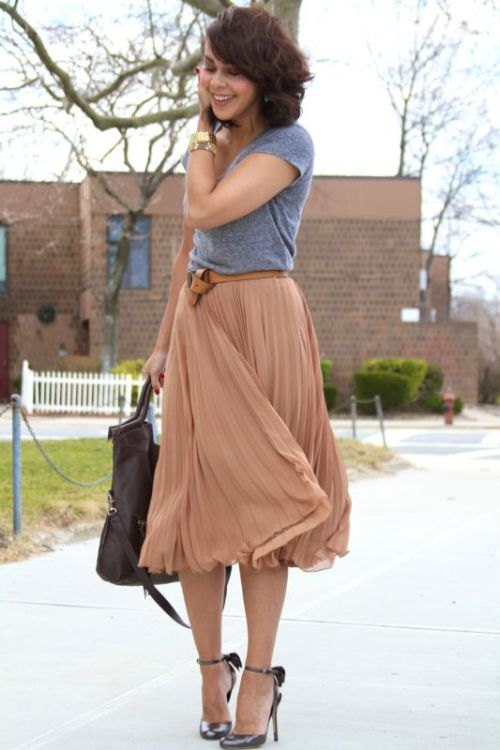 blush midi skirt outfit