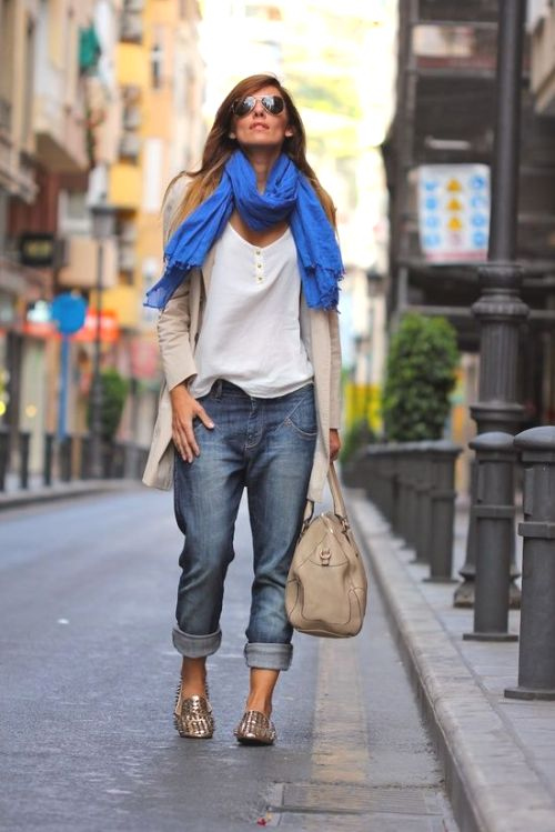 boyfriend jeans with cardigan