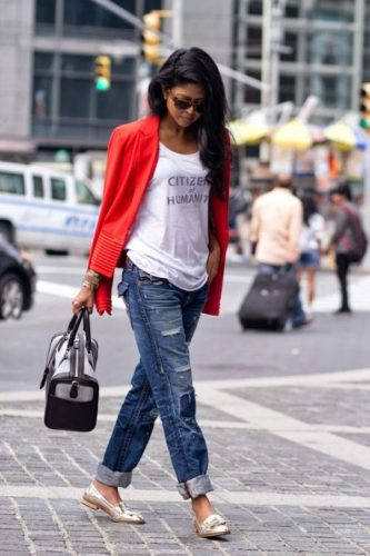 boyfriend jeans with red blazer